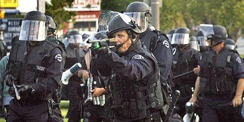 ロサンゼルス市警察実物メトロデ...
